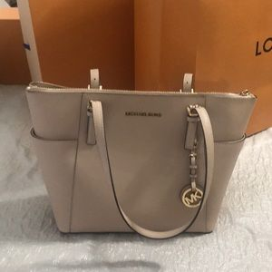 Gently used Michael Kors saffiano leather bag tote